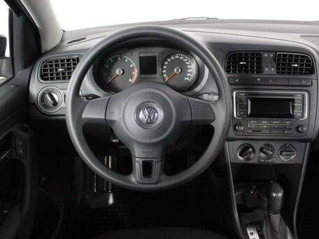 Купить Volkswagen Polo пробег 49 277.00 км 2015 год выпуска