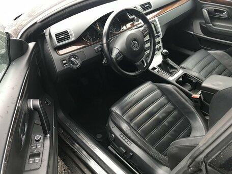 Купить Volkswagen Passat CC пробег 114 247.00 км 2013 год выпуска