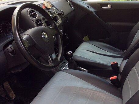 Купить Volkswagen Tiguan пробег 74 500.00 км 2010 год выпуска