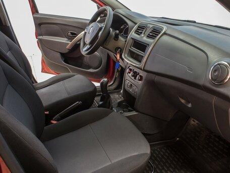 Купить Renault Sandero пробег 54 000.00 км 2015 год выпуска