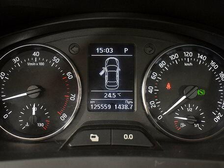 Купить Skoda Rapid пробег 125 500.00 км 2015 год выпуска