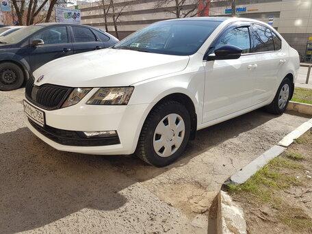 Автосалоны по продаже шкоды в москве автомобиль без пробега по россии залог