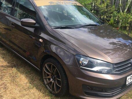 Купить Volkswagen Polo пробег 83 000.00 км 2015 год выпуска
