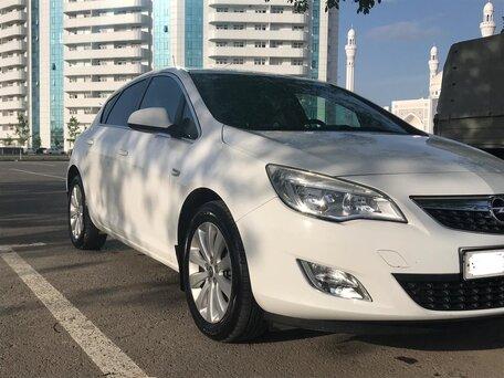 Купить Opel Astra пробег 100 000.00 км 2012 год выпуска