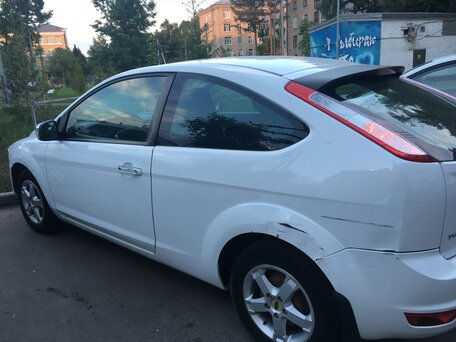 Купить Ford Focus пробег 121 000.00 км 2009 год выпуска