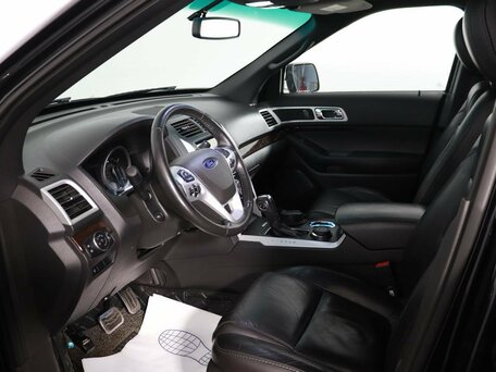 Купить Ford Explorer пробег 72 512.00 км 2013 год выпуска