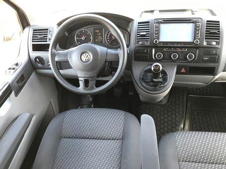 Купить Volkswagen Caravelle пробег 155 000.00 км 2012 год выпуска
