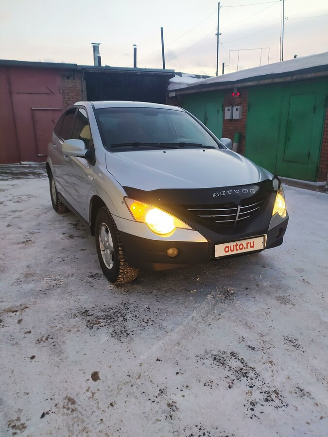 2006 SsangYong Actyon  I 4-speed, серебристый