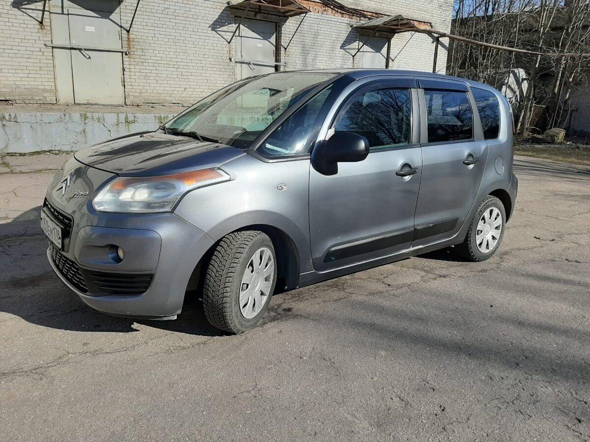 Смотрите, какая машина: Citroen C3 Picasso I 2010 года за 300000 рублей на Авто.ру!