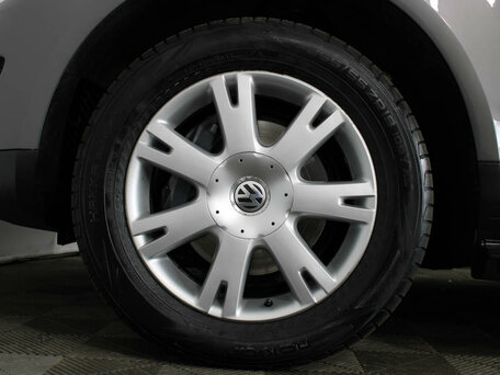 Купить Volkswagen Touareg пробег 161 500.00 км 2010 год выпуска