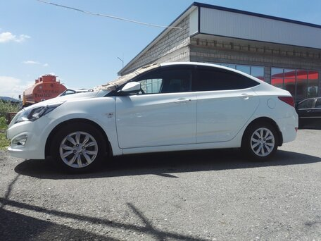 Купить Hyundai Solaris пробег 36 404.00 км 2014 год выпуска