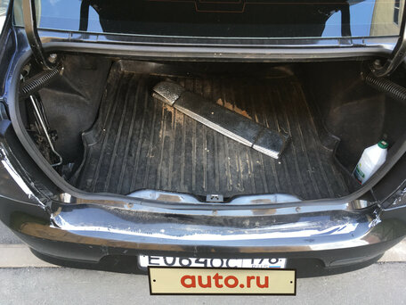 Купить Renault Logan пробег 203 000.00 км 2011 год выпуска