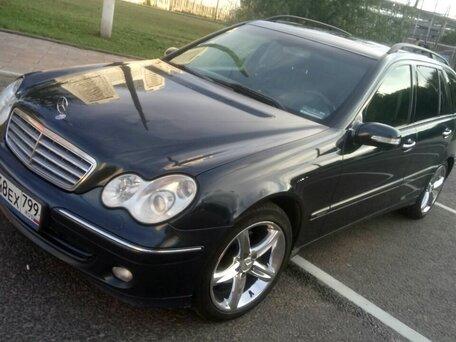 Купить Mercedes-Benz C-klasse пробег 156 000.00 км 2004 год выпуска