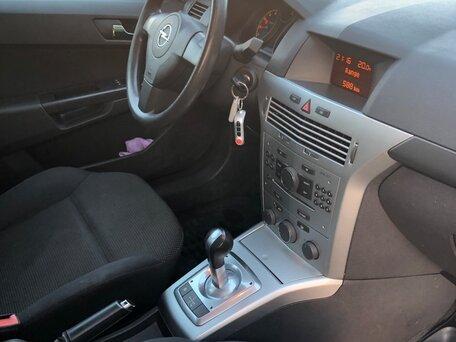 Купить Opel Astra пробег 114 900.00 км 2010 год выпуска