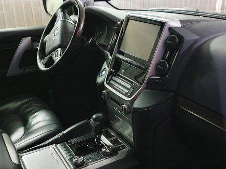 Купить Toyota Land Cruiser пробег 48 000.00 км 2016 год выпуска