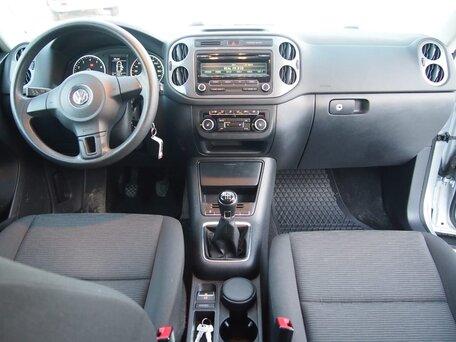Купить Volkswagen Tiguan пробег 74 000.00 км 2012 год выпуска