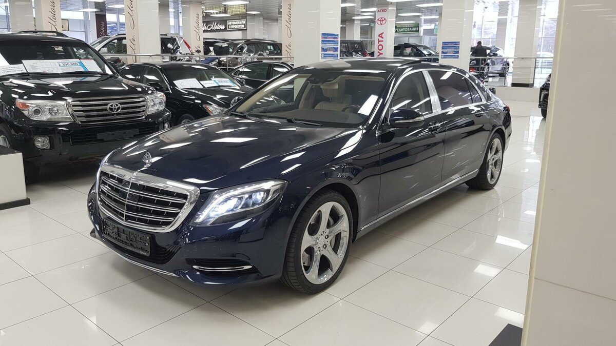 2015 Mercedes-Benz Maybach S-Класс  I (X222) 500, синий, 4492000 рублей