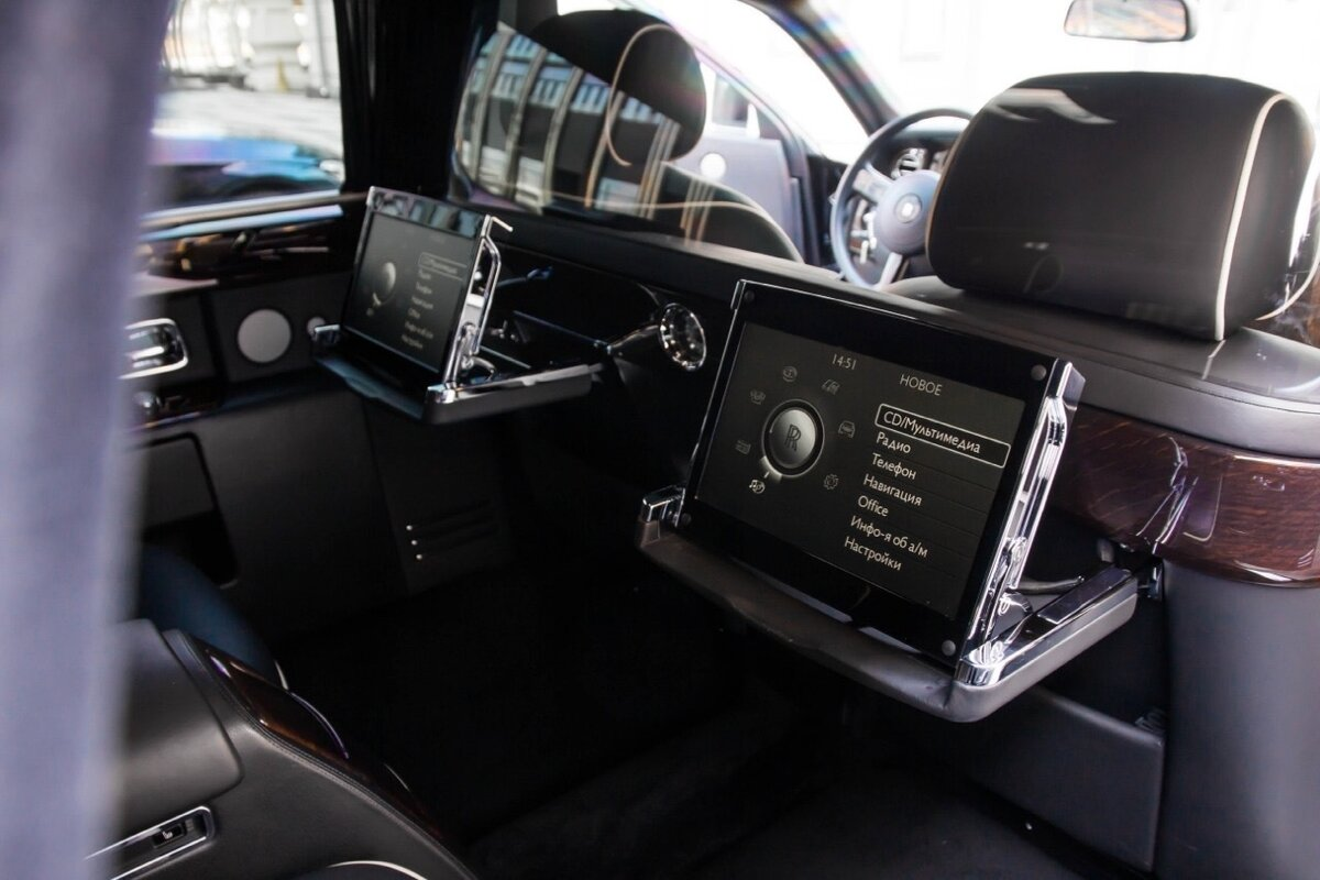 2014 Rolls-Royce Phantom Long VII Рестайлинг (Series II) Extended Wheelbase, чёрный, 22500000 рублей - вид 18