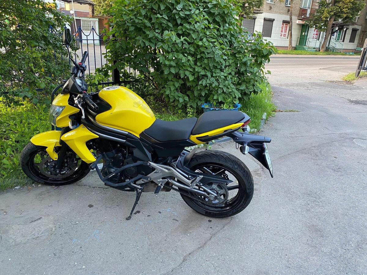 Купить б/у Kawasaki ER-6n инжектор 5 передач в Москве и