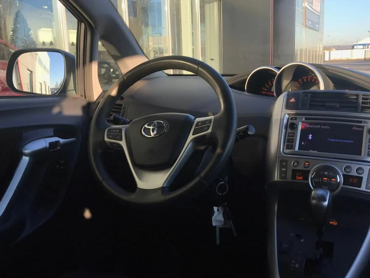Toyota | Verso, I