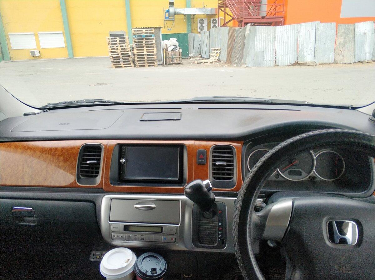 Купить б/у Honda Stepwgn II Рестайлинг Spada 2.0 AT (160 л.с.) бензин автомат во Владивостоке ...