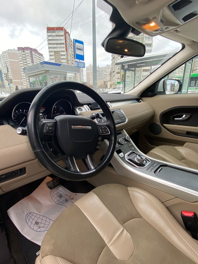 2012 Land Rover Range Rover Evoque  I 6-speed, белый - вид 11