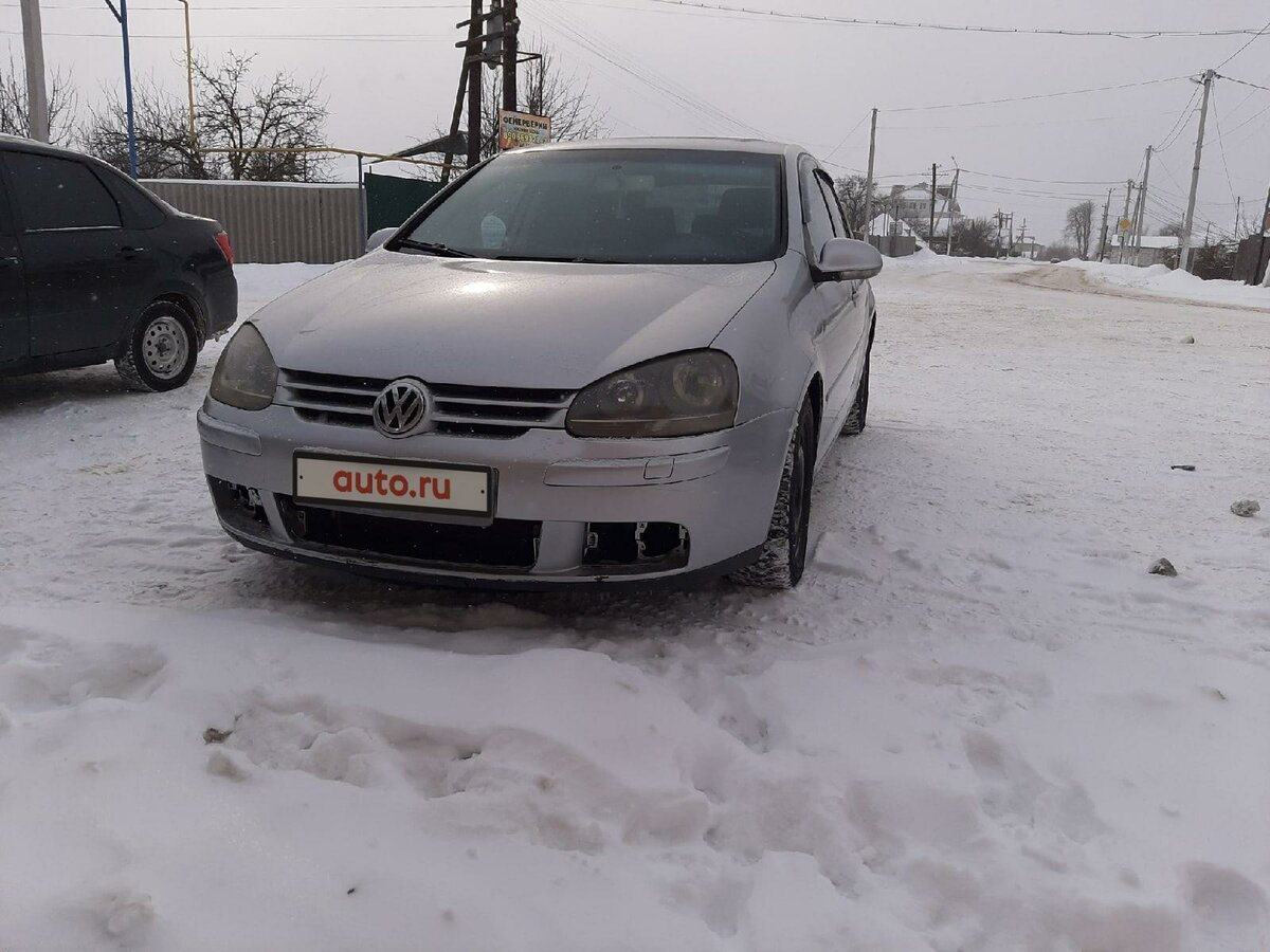 2004 Volkswagen Golf  V, серебристый