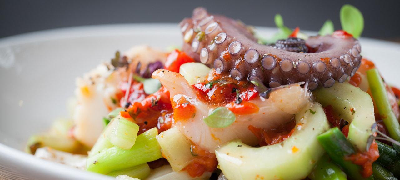 «Где есть морепродукты» фото материала