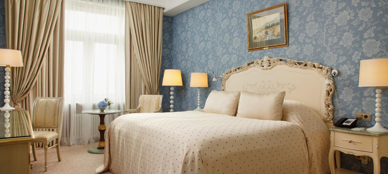 «Старейшие гостиницы Москвы» фото материала