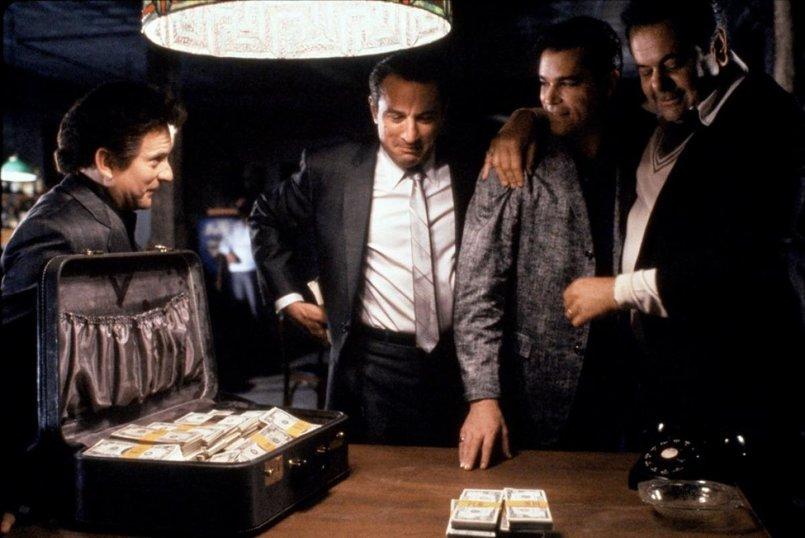 Особенности поведения в казино трейлер вовкин блог казино