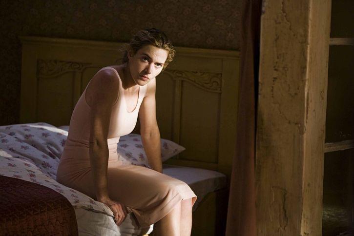 секс сцена из фильма взрослая женщина