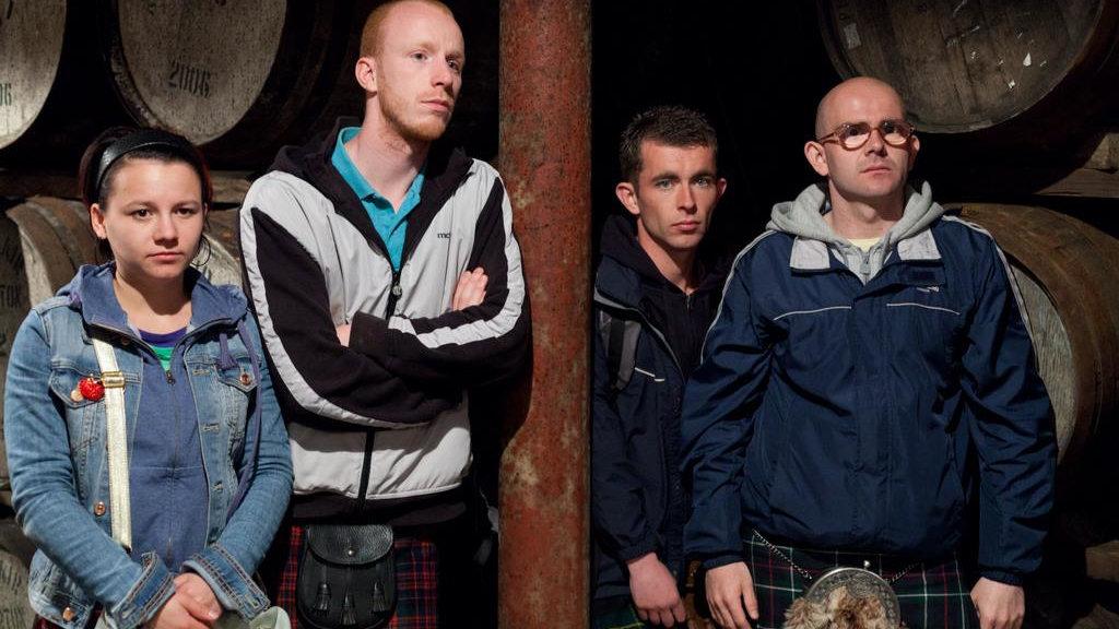 Фильм негр в шотландской юбке