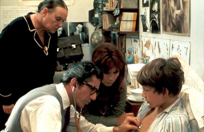 Фильм эро италия мальчик подглядывает фото 113-389