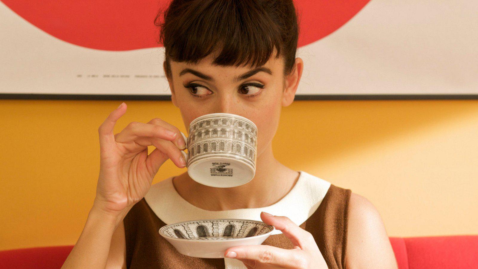 собственной актеры пьют кофе картинки баня