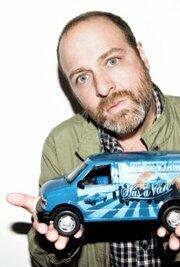 У Джона Бенджамина есть фургон (2011)