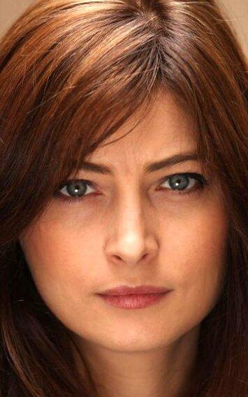 Стефани Папаниан