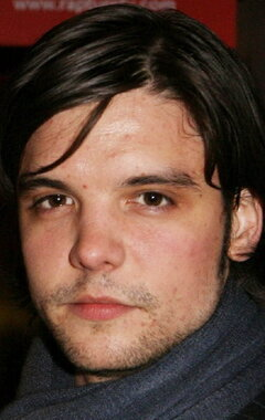 andrew lee potts gif