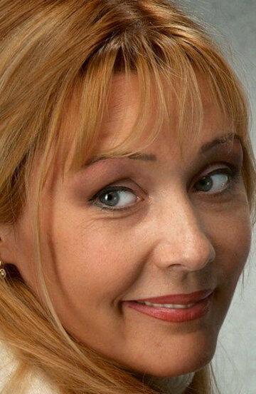 Анна Тихонова