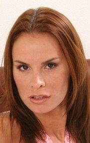 Актрисы из порнофильма искушение кларисса фото порно