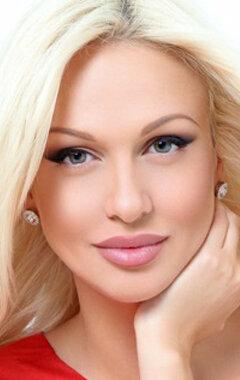Голая звезда Виктория Лопырева на фото и видео