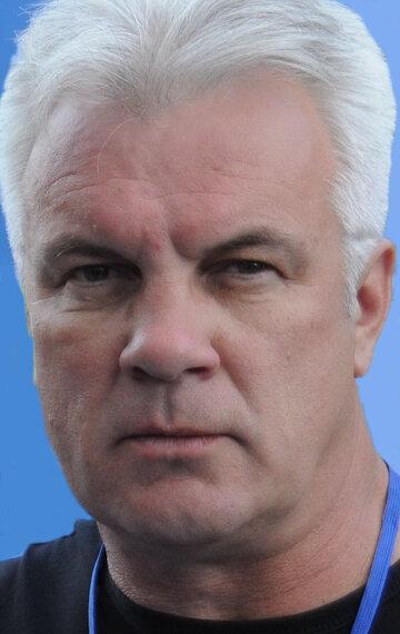 Анатолий Котенёв