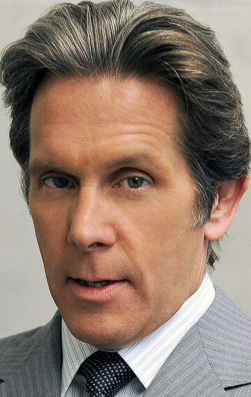 gary cole suits
