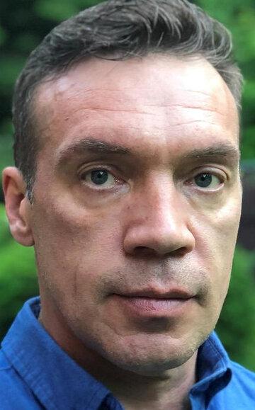 Олег Чернов