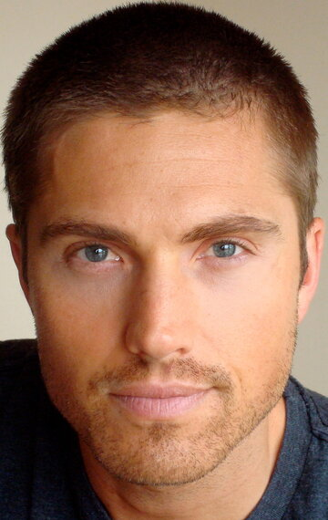eric winter biography