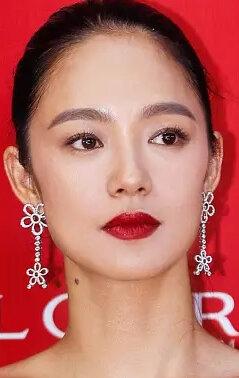 Чжоу Юнь