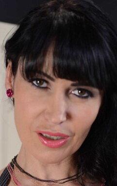 Filling In - Eva Karera - Dirty Masseur - Brazzers Babes