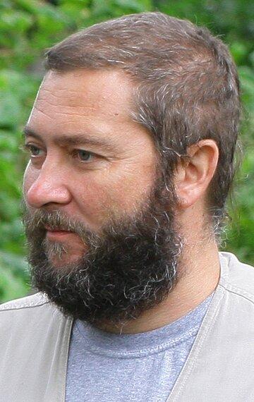 Олег Шароваров