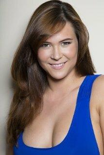 Emily Bedford Nude Photos 31