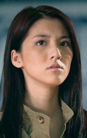 Карена Нг