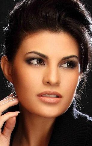 Жаклин Фернандес